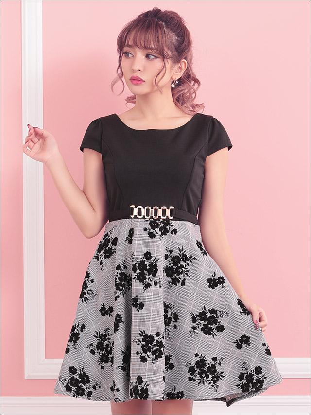 さくりなちゃんドレス