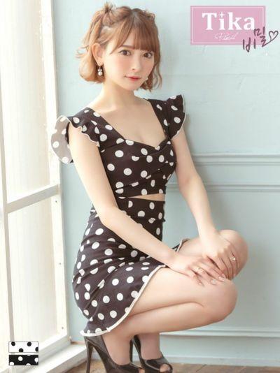 黒崎みさが着る新作ドット柄韓国ドレス