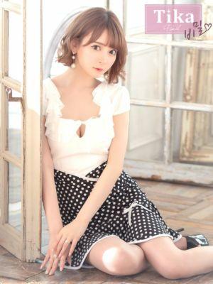黒崎みさが着る新作韓国ドレス